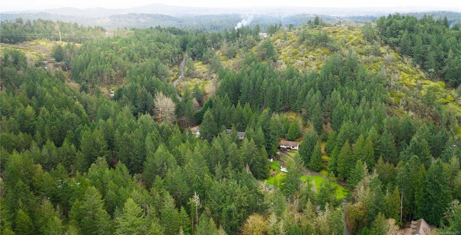 Photo 60: Photos: 2978 Woodridge Pl in : Hi Eastern Highlands House for sale (Highlands)  : MLS®# 864213