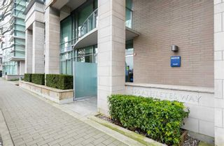 Photo 17: 102 150 ATHLETES Way in Vancouver West: False Creek Home for sale ()  : MLS®# R2250562