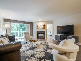 """Photo 3: 95 101 PARKSIDE Drive in Port Moody: Heritage Mountain Townhouse for sale in """"Treetops"""" : MLS®# R2494179"""