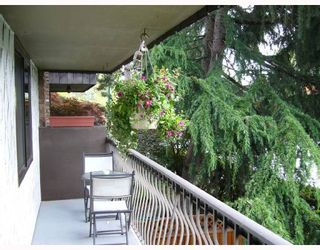 "Photo 9: 204 2777 OAK Street in Vancouver: Fairview VW Condo for sale in ""TWELVE OAKS"" (Vancouver West)  : MLS®# V710371"