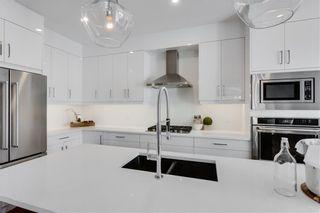 Photo 11: 2113 53 Avenue SW in Calgary: North Glenmore Park Semi Detached for sale : MLS®# C4226346
