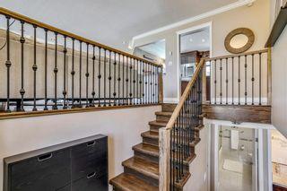 Photo 2: 10808 Maplecreek Drive SE in Calgary: Maple Ridge Detached for sale : MLS®# A1102150
