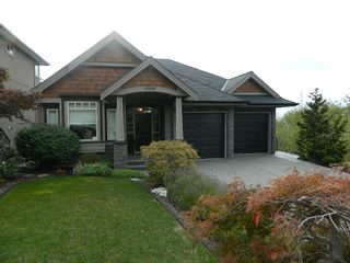 "Photo 2: 35814 TREETOP Drive in Abbotsford: Abbotsford East House for sale in ""The Highlands"" : MLS®# R2110893"