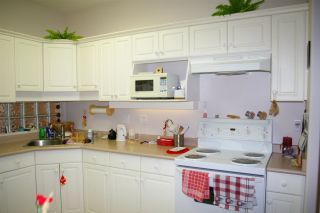"""Photo 9: 302 45700 WELLINGTON Avenue in Chilliwack: Chilliwack W Young-Well Condo for sale in """"The Devonshire"""" : MLS®# R2284567"""