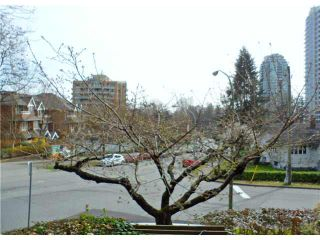 """Photo 13: 206 7055 WILMA Street in Burnaby: Highgate Condo for sale in """"THE BERESFORD"""" (Burnaby South)  : MLS®# V1109098"""