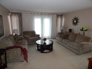 Photo 6: 324 Columbia Drive in Winnipeg: House for sale : MLS®# 1803379