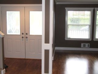 Photo 10: 15539 Thrift Ave in White Rock: Home for sale
