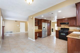 Photo 19: House for sale : 4 bedrooms : 1320 Cambridge Court in San Marcos