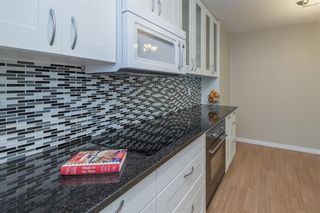 """Photo 9: 506 9867 MANCHESTER Drive in Burnaby: Cariboo Condo for sale in """"BARCLAY WOODS"""" (Burnaby North)  : MLS®# R2594808"""