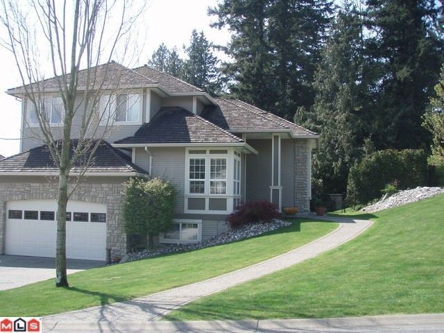 """Photo 2: Photos: 16948 FRIESIAN Drive in Surrey: Cloverdale BC House for sale in """"Richardson Ridge"""" (Cloverdale)  : MLS®# F1103721"""