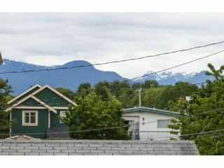 Photo 14: 3028 KNIGHT Street in Vancouver: Grandview VE 1/2 Duplex for sale (Vancouver East)  : MLS®# V1009677