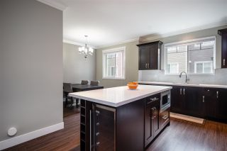 Photo 8: 31 14285 64 Avenue in Surrey: East Newton Townhouse for sale : MLS®# R2348492