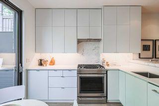 Photo 13: 40 Mackenzie Crescent in Toronto: Little Portugal House (2-Storey) for sale (Toronto C01)  : MLS®# C5275307