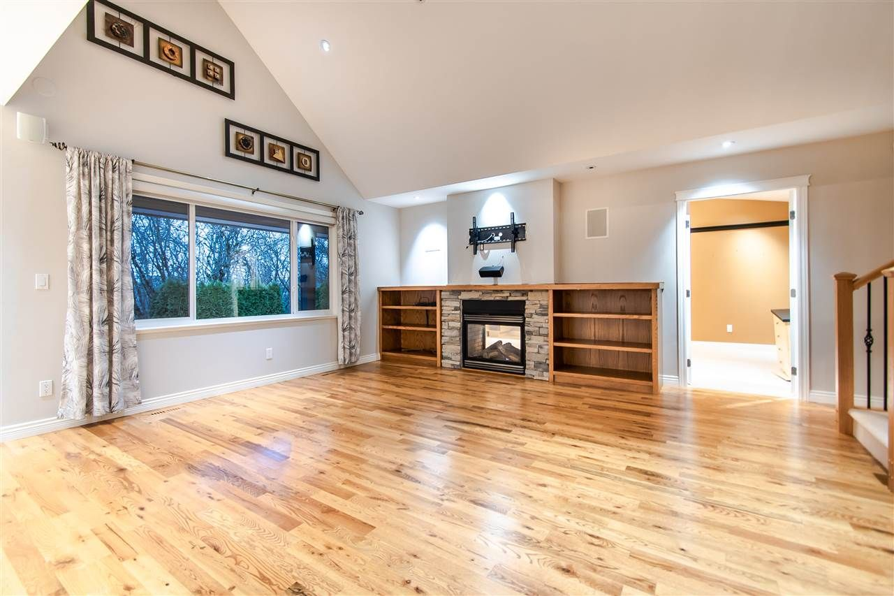 """Photo 2: Photos: 4857 214A Street in Langley: Murrayville House for sale in """"Murrayville"""" : MLS®# R2522401"""