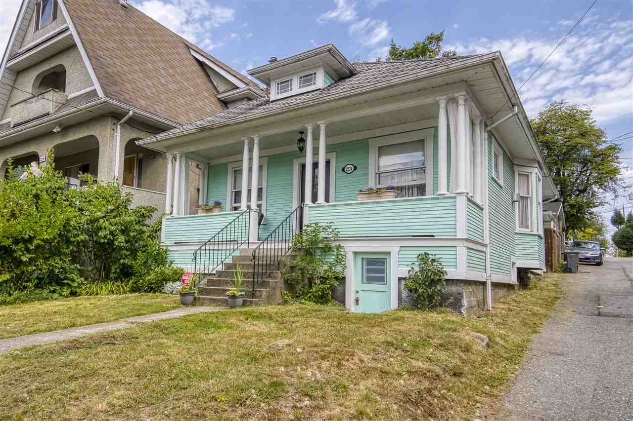 """Main Photo: 2224 VICTORIA Drive in Vancouver: Grandview Woodland House for sale in """"""""Mini Mint Manor"""""""" (Vancouver East)  : MLS®# R2482613"""