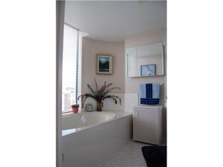 """Photo 6: # 2403 120 W 2ND ST in North Vancouver: Lower Lonsdale Condo for sale in """"OBSERVATORY"""" : MLS®# V857068"""