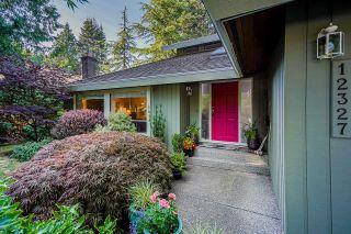 "Photo 3: 12327 24 Avenue in Surrey: Crescent Bch Ocean Pk. House for sale in ""OCEAN PARK"" (South Surrey White Rock)  : MLS®# R2605137"