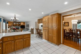 Photo 10: 927 Shawnee Drive SW in Calgary: Shawnee Slopes Detached for sale : MLS®# A1123376