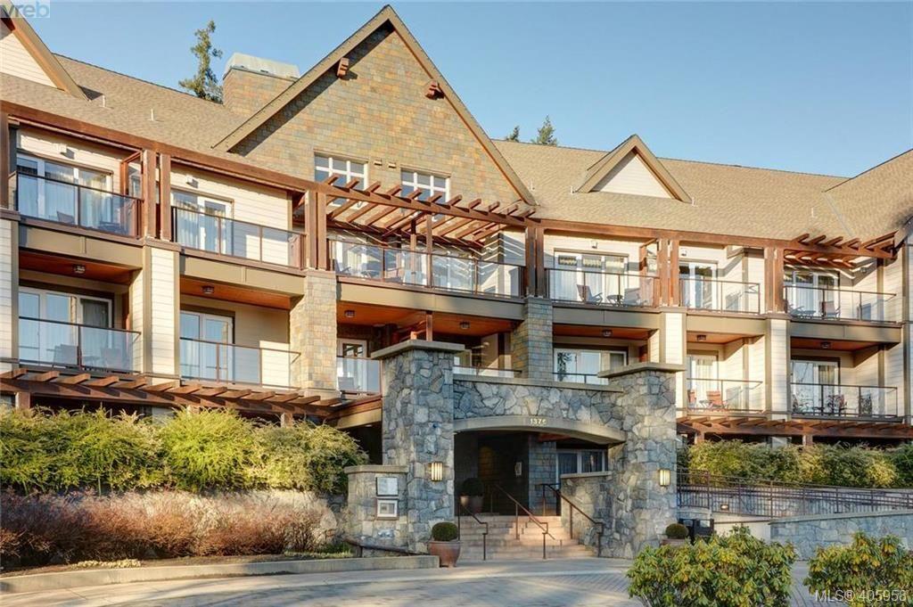 Main Photo: 206/208 1376 Lynburne Pl in VICTORIA: La Bear Mountain Condo for sale (Langford)  : MLS®# 806737