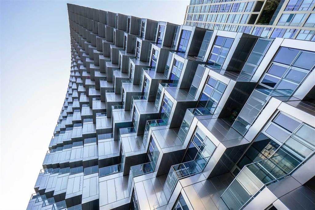 """Photo 36: Photos: 3703 1480 HOWE Street in Vancouver: Yaletown Condo for sale in """"Vancouver House"""" (Vancouver West)  : MLS®# R2527999"""