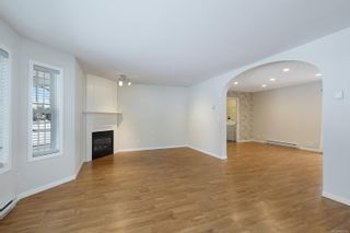 Photo 2: 2823 Piercy Ave in : CV Courtenay City House for sale (Comox Valley)  : MLS®# 866742