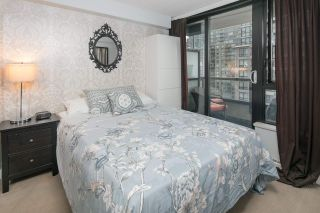 """Photo 16: 2604 977 MAINLAND Street in Vancouver: Yaletown Condo for sale in """"YALETOWN PARK III"""" (Vancouver West)  : MLS®# R2122379"""