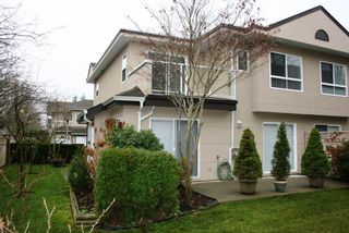 Photo 2: 27 15875 84th Avenue in Surrey BC: Home for sale : MLS®# f1326615
