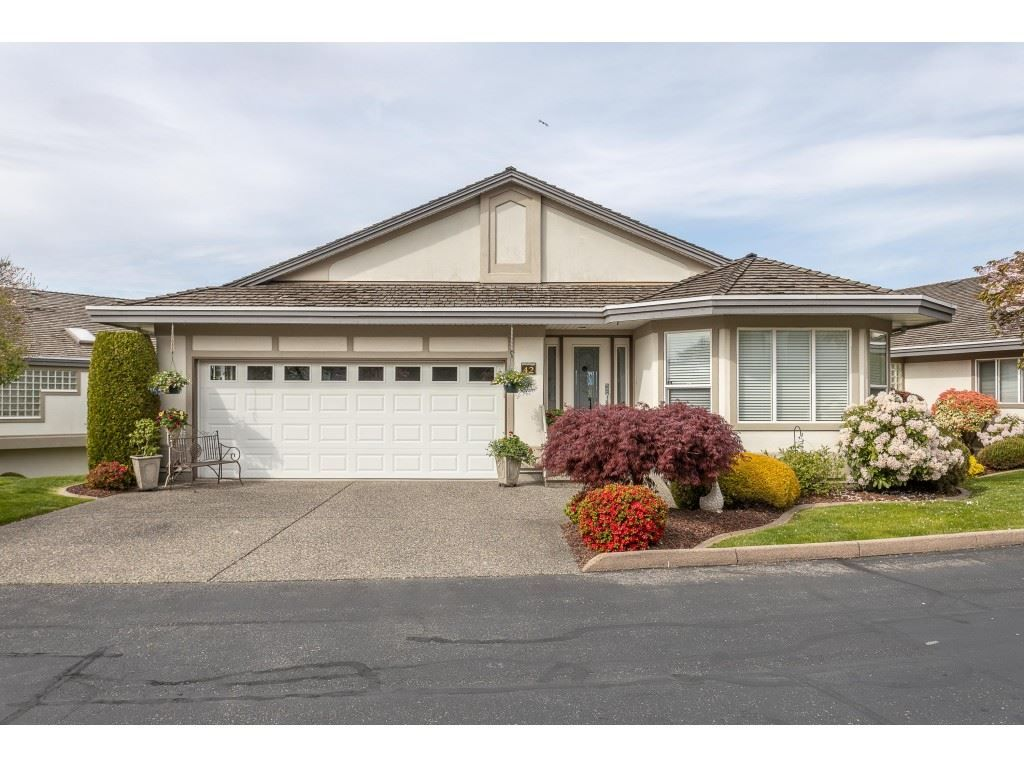 """Main Photo: 42 31445 RIDGEVIEW Drive in Abbotsford: Abbotsford West House for sale in """"Panorama Ridge"""" : MLS®# R2453783"""