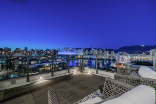 """Photo 15: 1402 1688 PULLMAN PORTER Street in Vancouver: Mount Pleasant VE Condo for sale in """"NAVIO AT THE CREEK"""" (Vancouver East)  : MLS®# R2554724"""