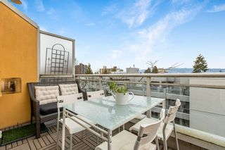 """Photo 21: 422 2255 W 4TH Avenue in Vancouver: Kitsilano Condo for sale in """"THE CAPERS BUILDING"""" (Vancouver West)  : MLS®# R2565232"""