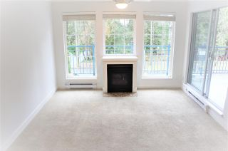 "Photo 4: 209 1189 WESTWOOD Street in Coquitlam: North Coquitlam Condo for sale in ""LAKESIDE TERRACE"" : MLS®# R2536139"