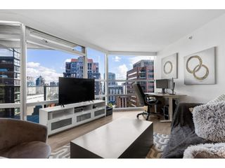 """Photo 12: 1210 1050 BURRARD Street in Vancouver: Downtown VW Condo for sale in """"WALL CENTRE"""" (Vancouver West)  : MLS®# R2587308"""
