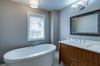 Photo 38: 452 18 Avenue NE in Calgary: Winston Heights/Mountview Semi Detached for sale : MLS®# A1130830