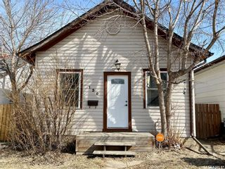 Photo 1: 130 M Avenue South in Saskatoon: Pleasant Hill Residential for sale : MLS®# SK848768