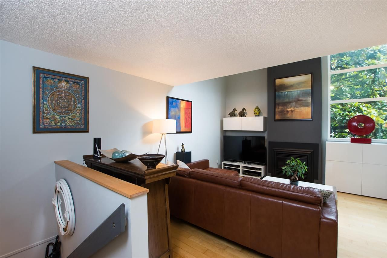 "Photo 5: Photos: 1 1019 GILFORD Street in Vancouver: West End VW Condo for sale in ""Gilford Mews"" (Vancouver West)  : MLS®# R2472849"