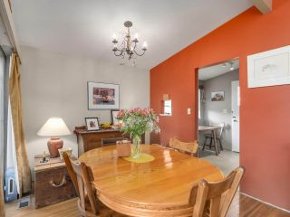 """Photo 9: 3391 WARDMORE Place in Richmond: Seafair House for sale in """"SEAFAIR"""" : MLS®# R2557606"""