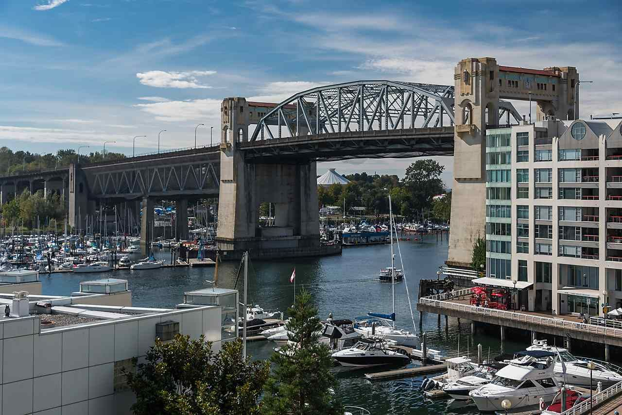 """Main Photo: 503 1625 HORNBY Street in Vancouver: Yaletown Condo for sale in """"SEAWALK NORTH"""" (Vancouver West)  : MLS®# R2108428"""
