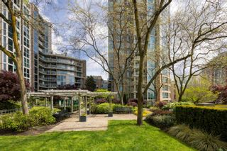 """Photo 18: 601 388 DRAKE Street in Vancouver: Yaletown Condo for sale in """"GOVERNORS TOWER"""" (Vancouver West)  : MLS®# R2616318"""