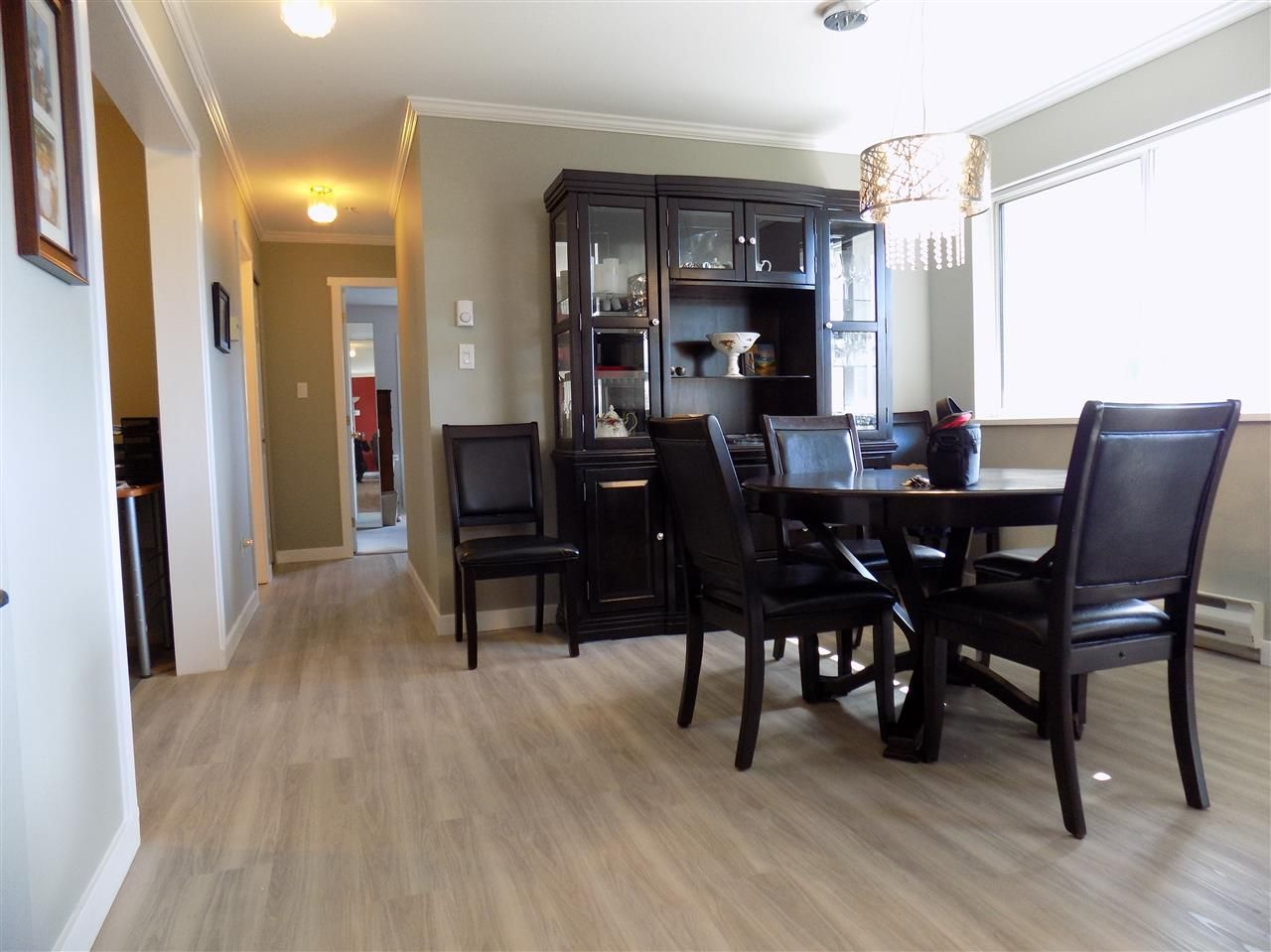 Photo 7: Photos: 311 32044 OLD YALE Road in Abbotsford: Abbotsford West Condo for sale : MLS®# R2331409