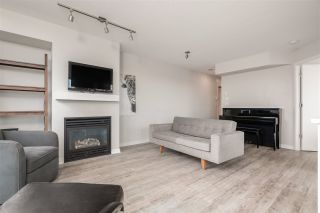 "Photo 15: 802 1316 W 11 Avenue in Vancouver: Fairview VW Condo for sale in ""THE COMPTON"" (Vancouver West)  : MLS®# R2542434"