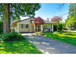 Photo 2: 14404 18 Avenue in Surrey: Sunnyside Park Surrey House for sale (South Surrey White Rock)  : MLS®# R2569861
