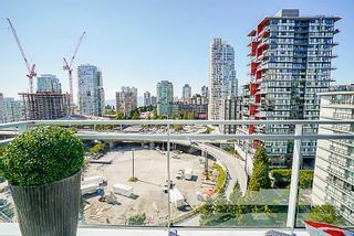 """Photo 9: 1602 1372 SEYMOUR Street in Vancouver: Downtown VW Condo for sale in """"The Mark"""" (Vancouver West)  : MLS®# R2187795"""