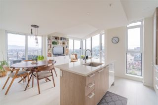 "Photo 5: 1605 285 E 10 Avenue in Vancouver: Mount Pleasant VE Condo for sale in ""The Independant"" (Vancouver East)  : MLS®# R2558231"