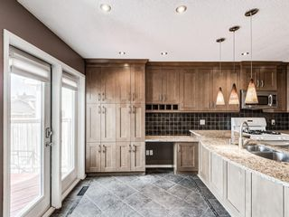 Photo 4: 327 River Rock Circle SE in Calgary: Riverbend Detached for sale : MLS®# A1089764
