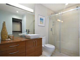 Photo 10: # 308 257 E KEITH RD in North Vancouver: Lower Lonsdale Condo for sale : MLS®# V1009738