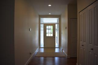 "Photo 3: 5422 THIMBLEBERRY Place in Sechelt: Sechelt District House for sale in ""Burnett Falls"" (Sunshine Coast)  : MLS®# R2453194"