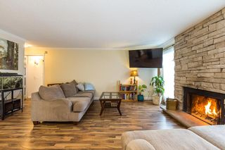 """Photo 3: 1906 PARKLAND Drive in Coquitlam: River Springs House for sale in """"RIVER SPRINGS"""" : MLS®# R2140004"""