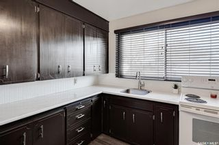 Photo 8: 222 Witney Avenue South in Saskatoon: Meadowgreen Residential for sale : MLS®# SK840959