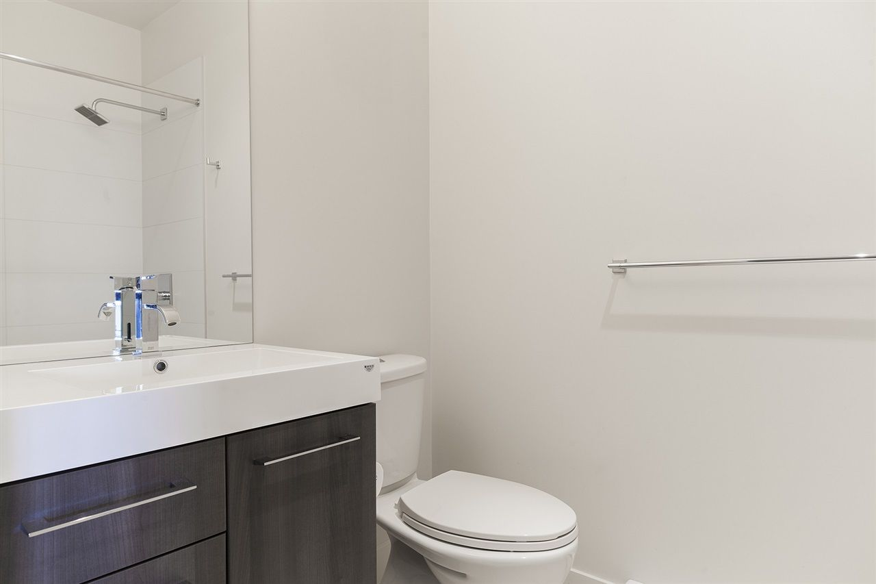 """Photo 8: Photos: 711 668 COLUMBIA Street in New Westminster: Quay Condo for sale in """"TRAPP+HOLBROOK"""" : MLS®# R2376766"""