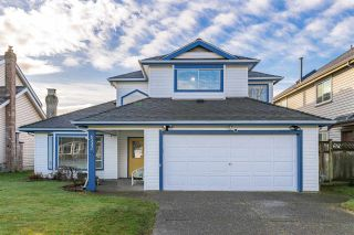 """Main Photo: 6332 45 Avenue in Delta: Holly House for sale in """"HOLLY"""" (Ladner)  : MLS®# R2542768"""